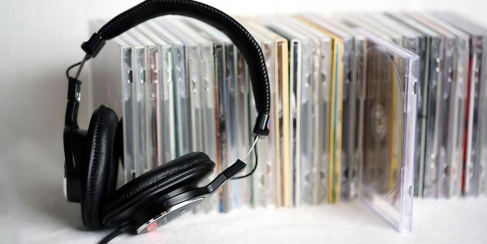CDとヘッドホン